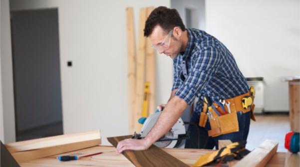 Как выбрать инструмент для резки кварцвиниловой плитки